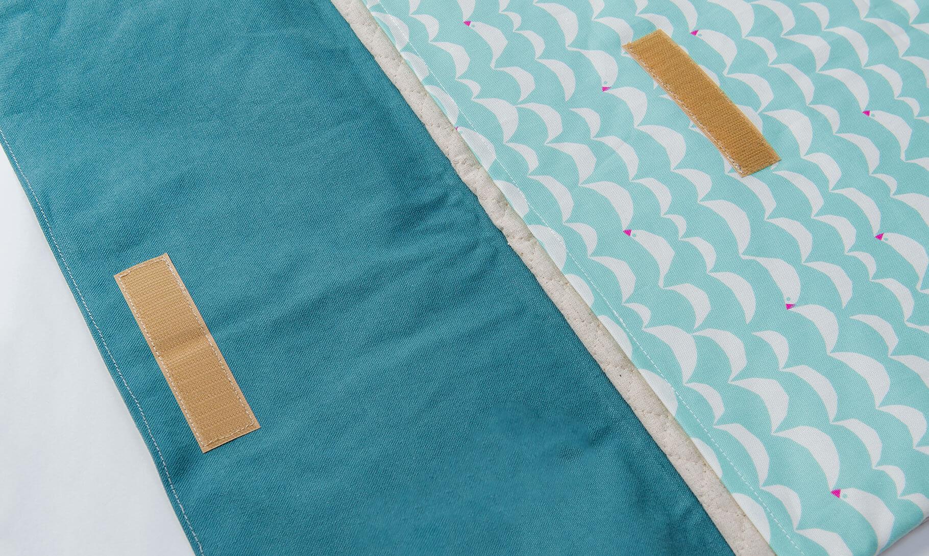 防災頭巾カバー(北欧風の文鳥、帆布11号アクアマリン)マジックテープ