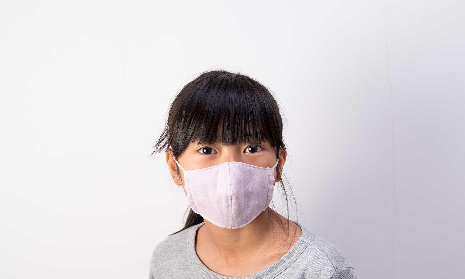 子供用立体マスク女の子装着正面