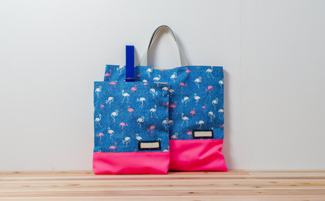 入園グッズセット、レッスンバッグと上履き入れの2点(淡いフラミンゴ、蛍光ピンク)