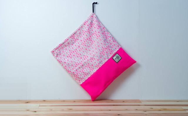 コップ袋(巾着袋、麻の葉文様、蛍光ピンク)